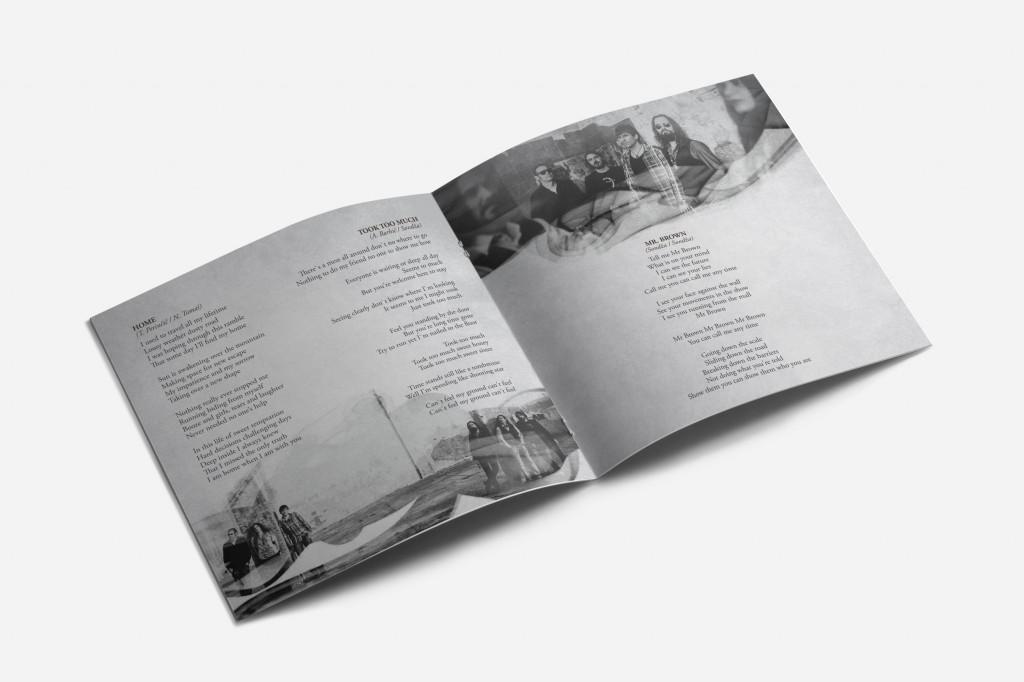 02_square_brochure_mockups_kachon4